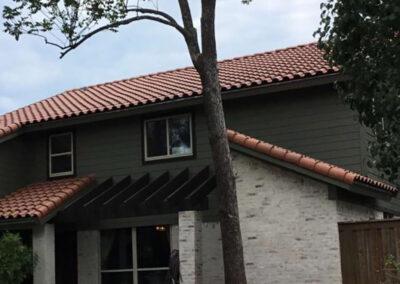 rile roof front shot
